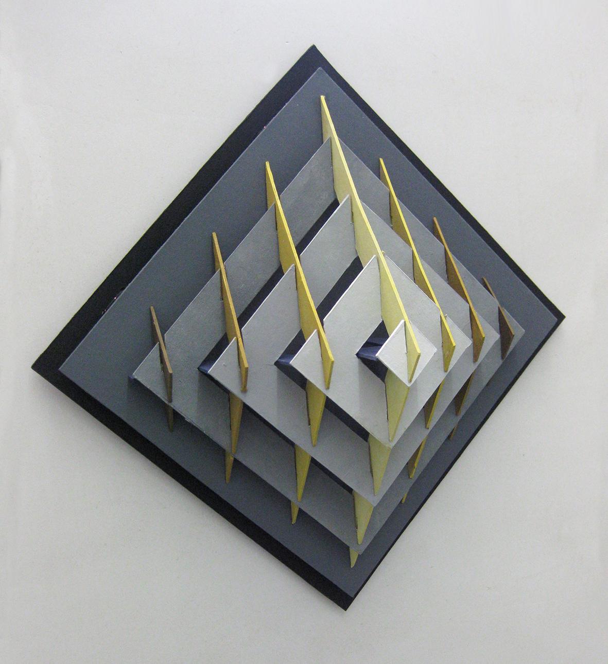 leokornips-Pyramid-in-Y+G
